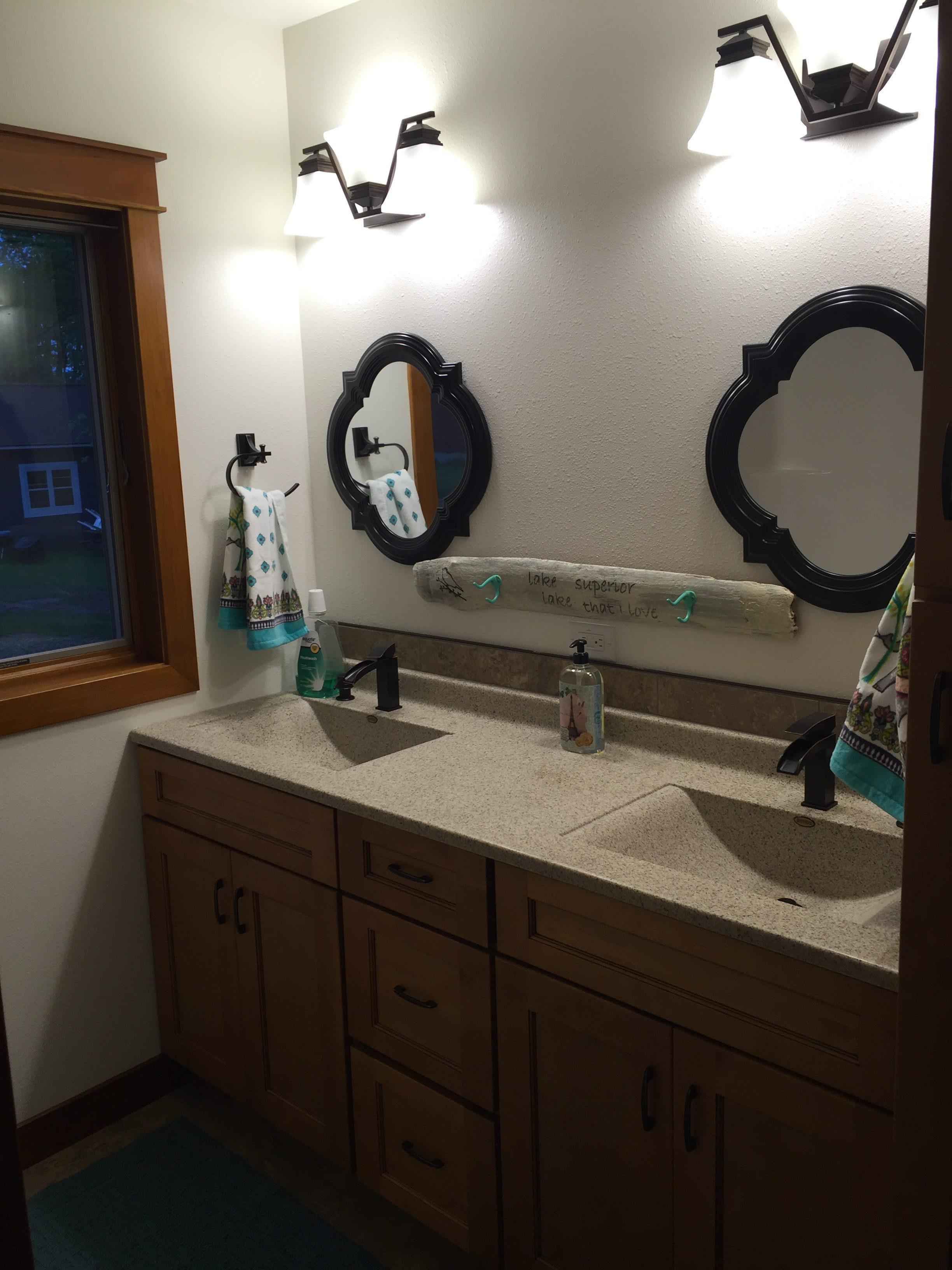 lake house. bathroom. jacuzzi tub