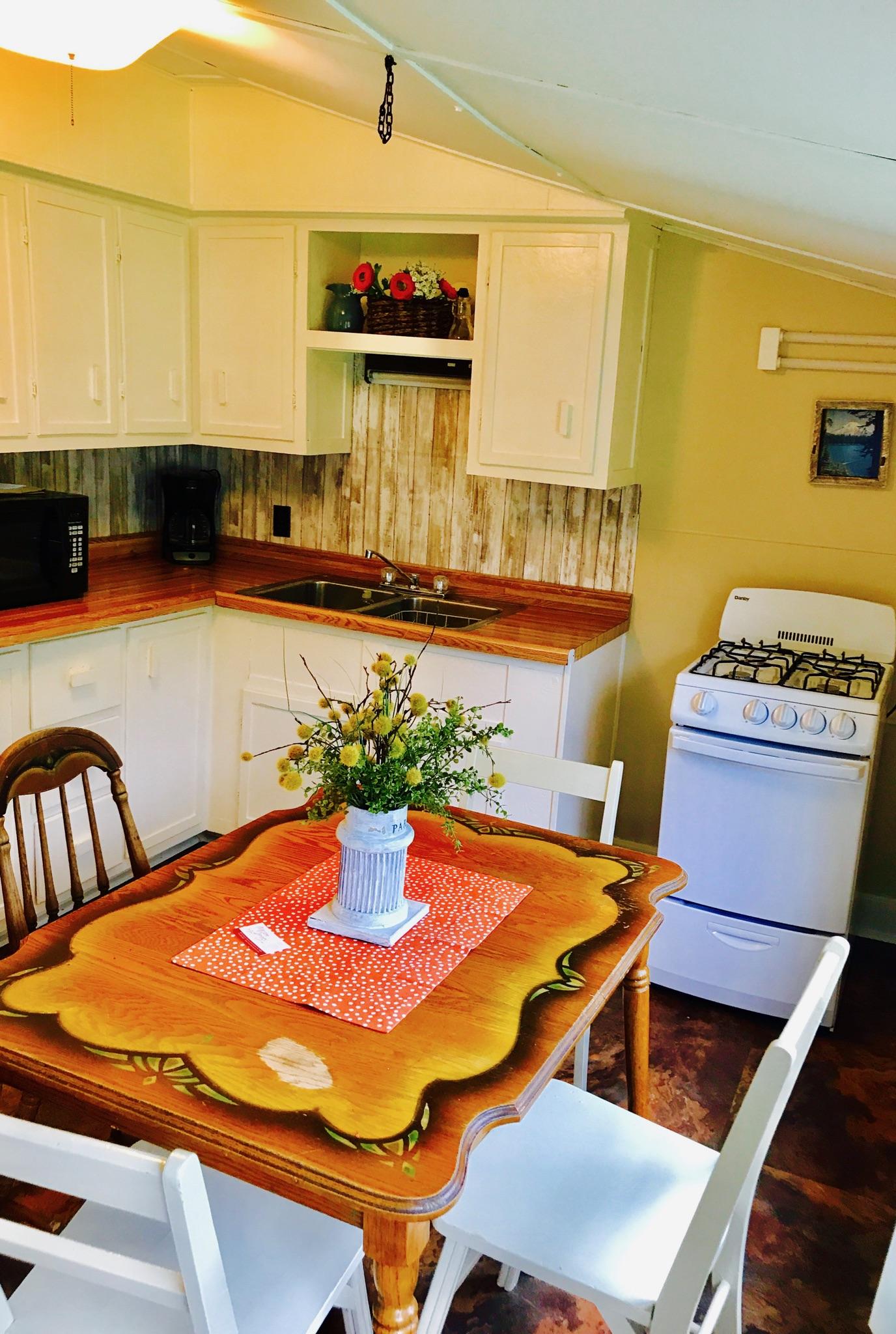 Cottage 9 Kitchen