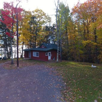Cottage next to Lake Superior